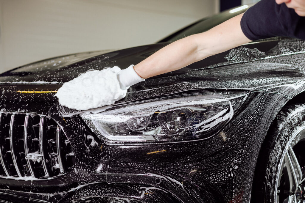 https://ultracoat.pl/en/how-to-advertise-a-car-detailing-studio-on-facebook/